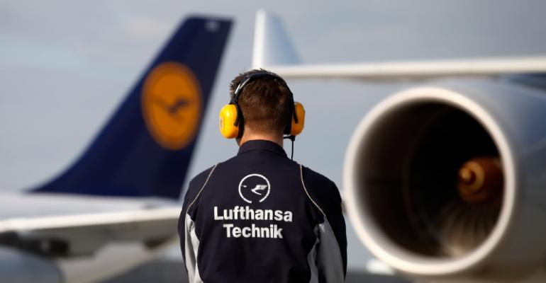 How Lufthansa Technik optimize their airline operations using OSS